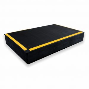 SmartCells ergo riser in black with yellow edges from a diagonal view