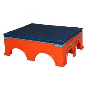 Single step riser with SmartCells on top in blue